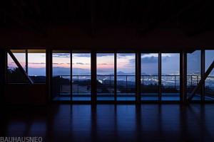 伊豆の国市函南の崖地の家